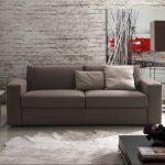Серый диван-раскладушка в интерьере