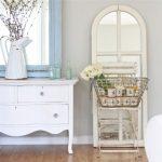 Белый туалетный столик в стиле прованс