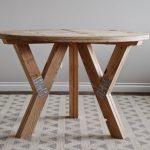 Круглый стол на ножках с опорами своими руками