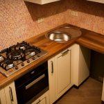 Кухонная столешница из дерева грецкого ореха