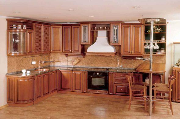Кухонные гарнитуры под потолок