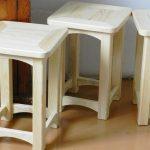 Самодельные деревянные табуретки