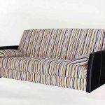 В этом диване для оббивки использовалась хлопковая ткань