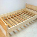 Простая деревянная кровать своими руками