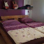 Самодельная кровать для двоих взрослых