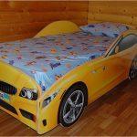 Самодельная кровать в виде машины