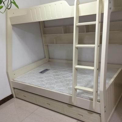 Удобная двухъярусная кровать