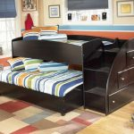 Черная выкатная кровать для двоих детей