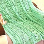 Детский вязанный плед зеленого цвета