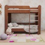 Двухъярусная кровать с вертикальной лестницей