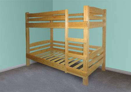 Готовая деревянная кровать