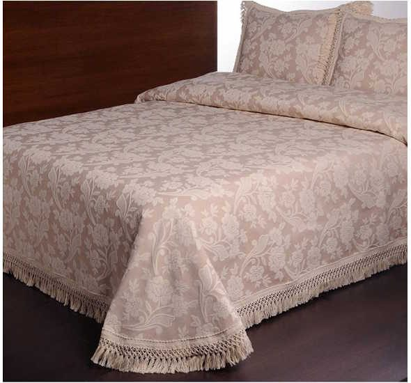 Покрывало на кровать с бахромой