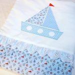 Одеяло для мальчика с якорями и корабликами