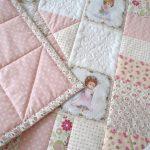 Одеяло лоскутное для новорожденного на выписку