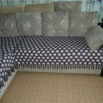 Покрывало на нижнюю часть дивана своими руками