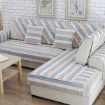 Полосатые накидки для углового дивана