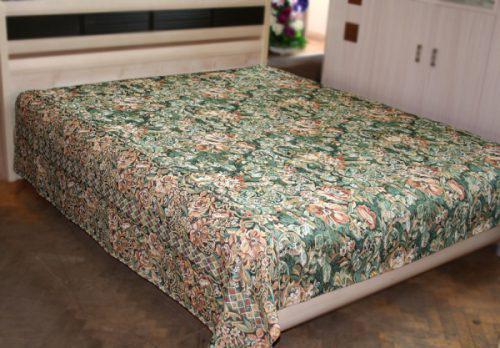 Покрывало на кровать из гобелена