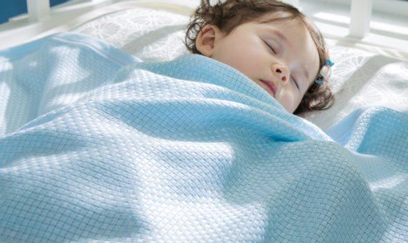 Одеяла под габариты кровати