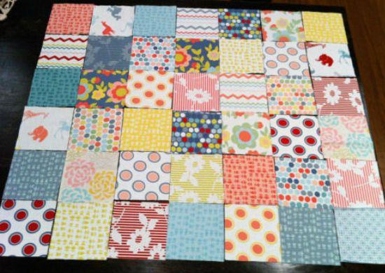 Квадратные кусочки ткани