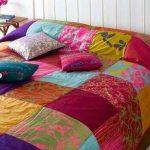 Лоскутное одеяло из больших разноцветных квадратов