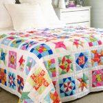 Лоскутное одеяло в интерьере спальни