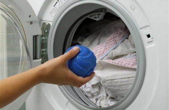 Вместо теннисных можно использовать специальные мячики для стиральных машин