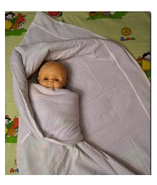 Подворачиваем нижний конец одеяла