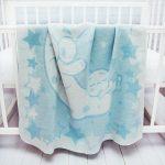 Байковое одеяло для малыша в кроватку