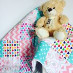 Легкое лоскутное одеяло для малыша в кроватку