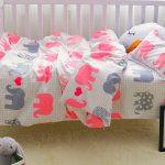 Нежный комплект постельного со слониками для дошкольника