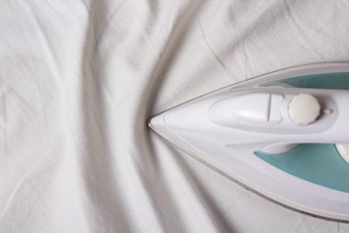 Глажка простыни на резинке