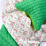 Зеленый плюш и цветочный хлопок для уютного пледа