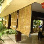 Открытая терраса с керамическим полом