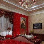 Бордовые шторы с узором под цвет мебели в спальне