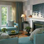 Цвет комбинированных штор на фото отлично сочетается с мебелью и стенами