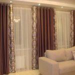 Двухцветные шторы для окон в гостиную