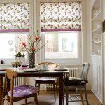 Пластиковые окна кухни с римскими шторами