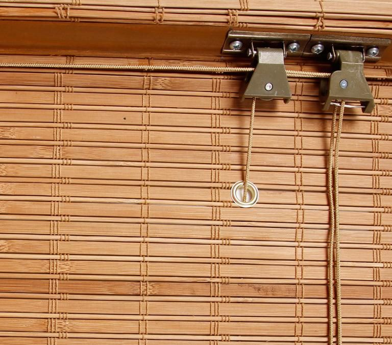 Подъемный механизм рулонных бамбуковых штор