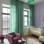 Нежные зеленые шторы в детскую спальню