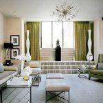 Оливковые шторы для гостиной в спокойных тонах