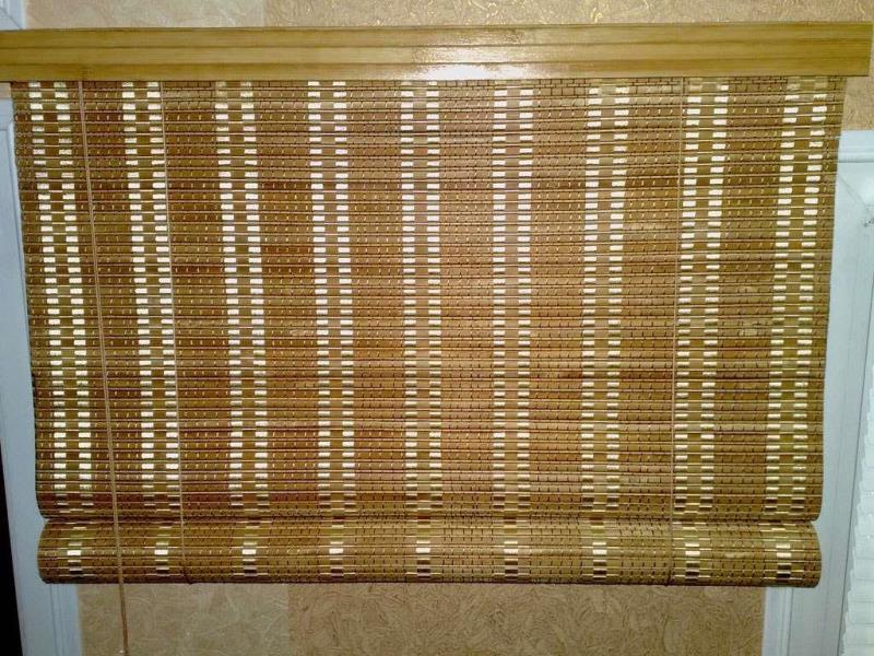 Бамбуковая штора с плотным и частым плетением