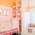 Морковные стены в комнате для младенца