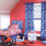 Розовые стены в детской спальне