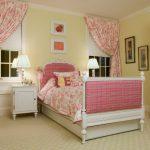 Розовые шторы в стиле прованс придадут вашему дому спокойствие и комфорт