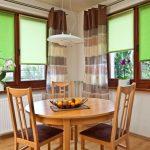 Кухонный стол из натурального дерева