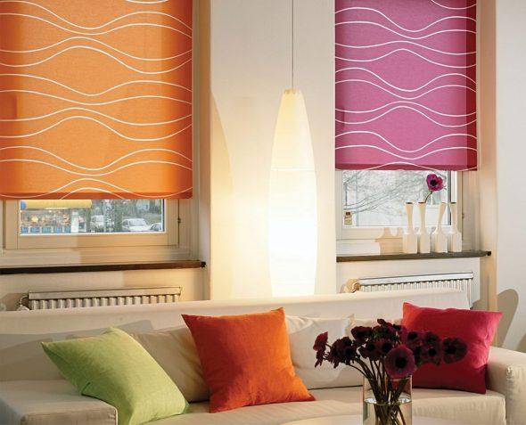 Рулонные розовая и оранжевая шторы
