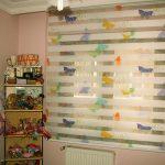 Бабочки на шторах день ночь в детской комнате