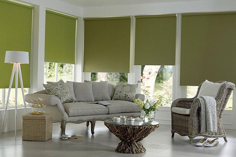 Плотные рулонные шторы зеленого оттенка