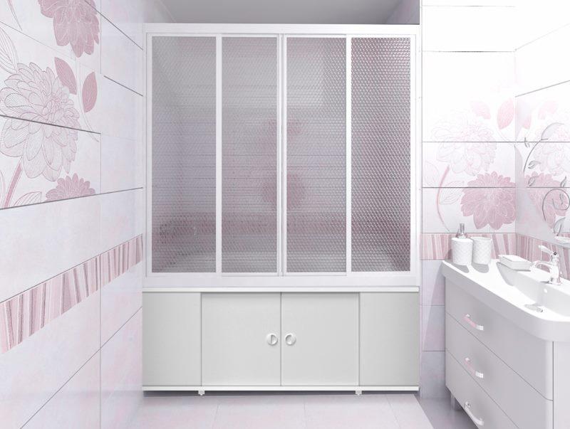 Дизайн светлой ванной комнаты с пластиковыми шторами