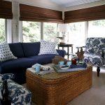 Мебель из ротанга в интерьере гостиной комнаты